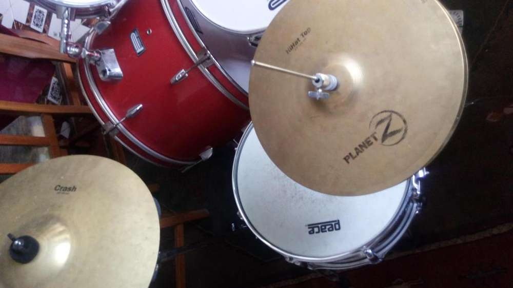 Imperdible oportunidad!! Batería Power Beat con platos Zildjian!!!