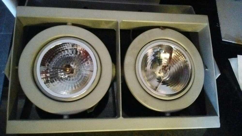 Aplique cardanico AR111 12v 50w, 2 luces c/u c/lampara