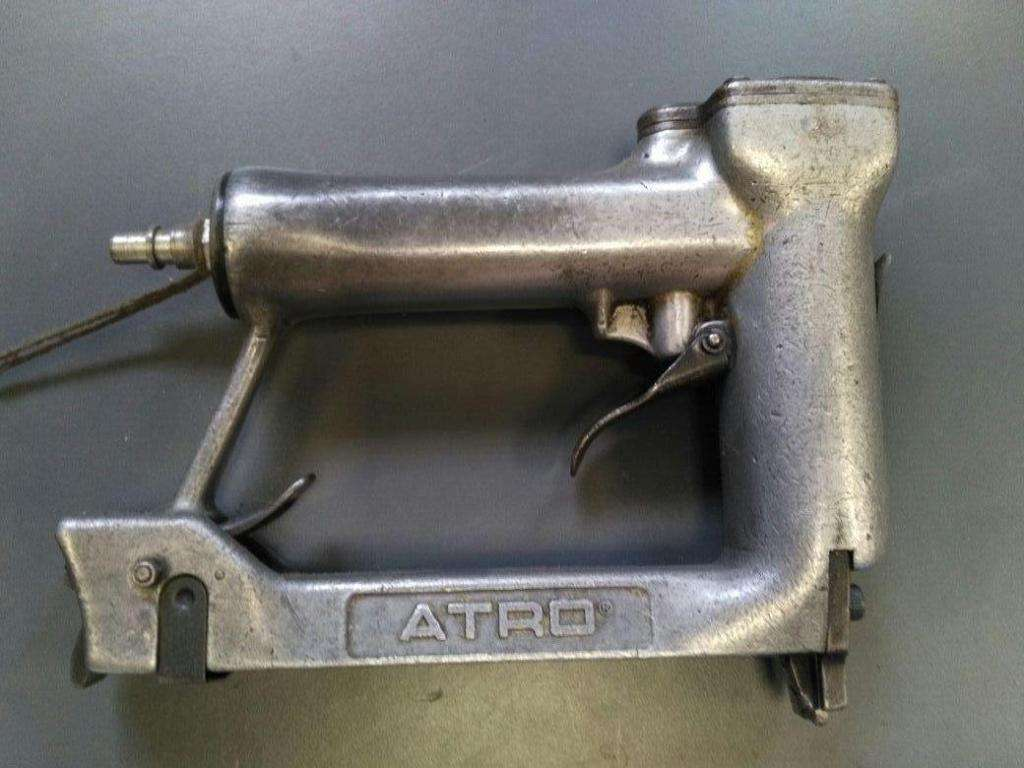 Engrapadora Neumatica Tapiceria Italiana Atro 4000 84/14 Garantia Y Repuestos USADA