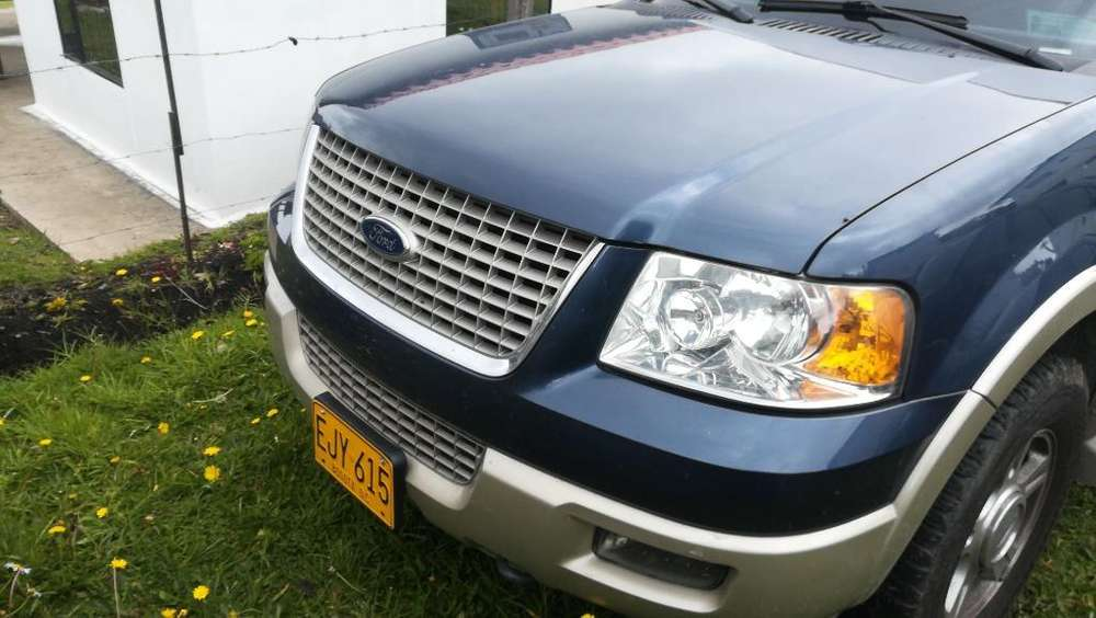 <strong>ford</strong> Expedition 2006 - 80000 km