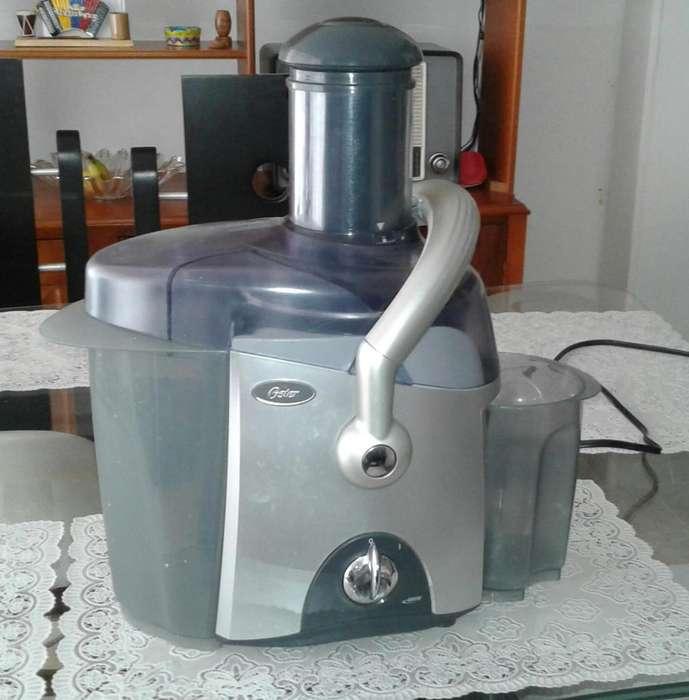 extractor de jugo oster profesional 3168 de 600w
