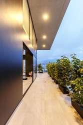 Oficinas de Venta en El mejor sector de Quito: La Carolina. Shyris y Portugal. Oficina 277,11 m2 con Balcón.
