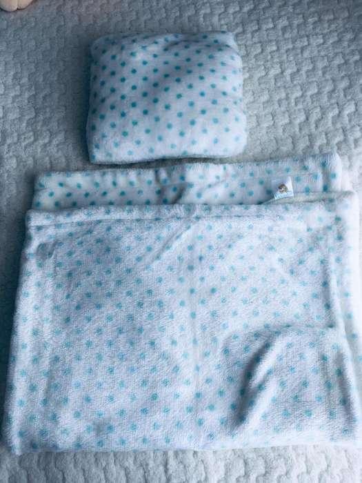 Cobija con almohada