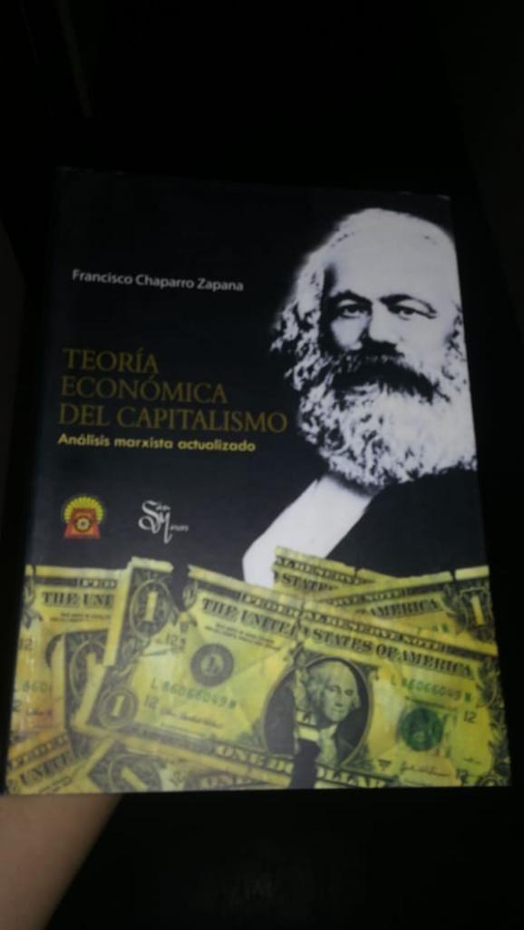 Se Rematan 2 Libros en Buen Estado