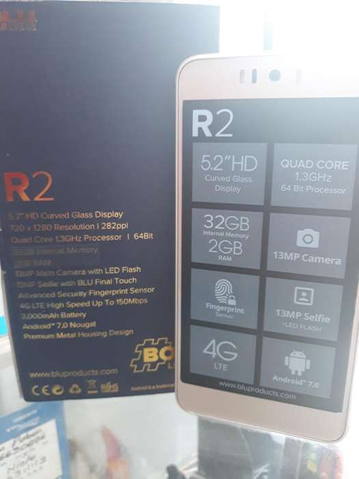Celular Blu R2 32gb 13mp