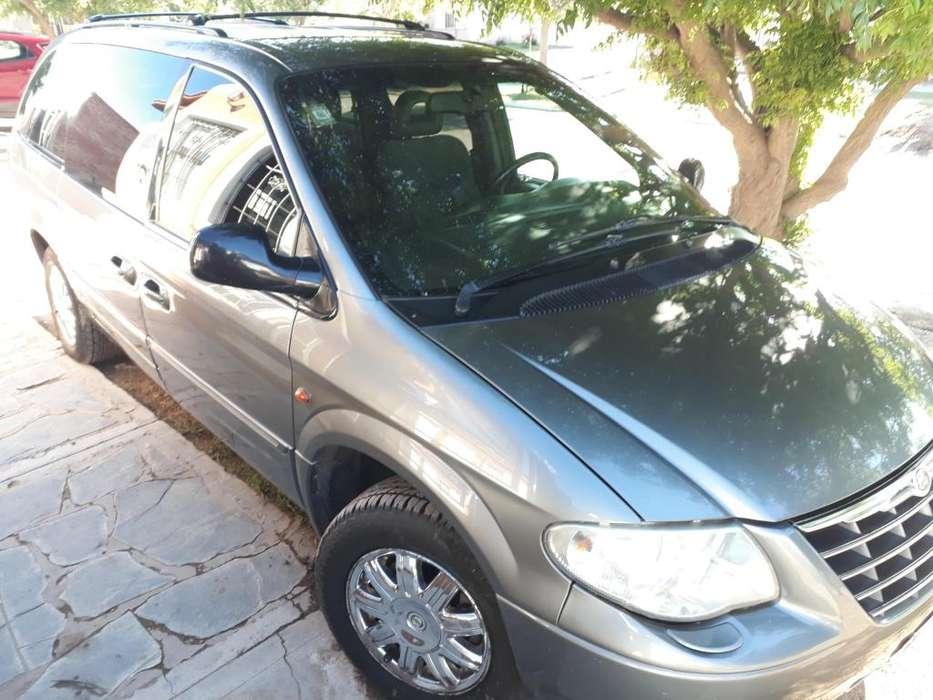 Chrysler Grand Caravan 2006 - 182000 km