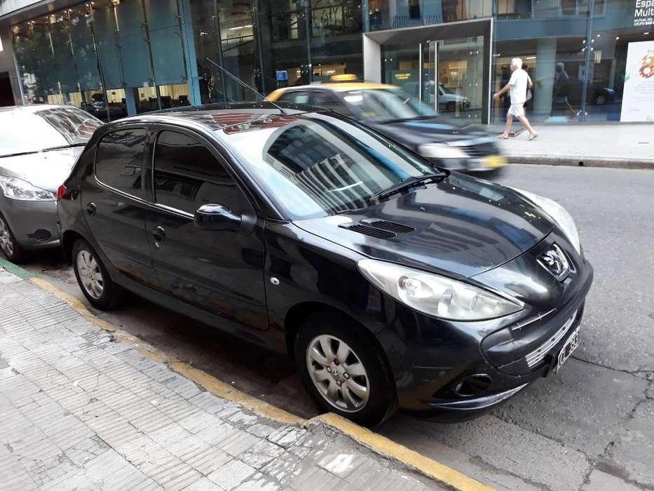 Peugeot 207 2010 - 170000 km