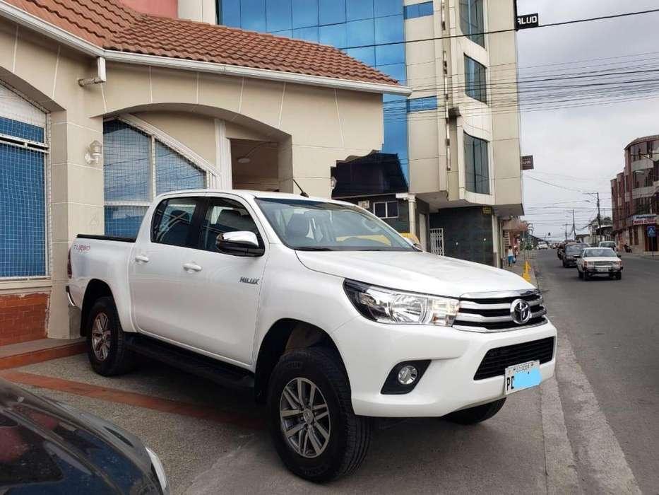 Toyota Hilux 2019 - 16500 km