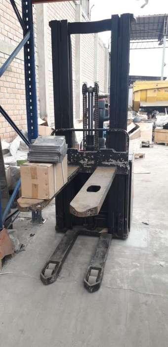 Apiladora Hangcha capacidad nominal 1600kg
