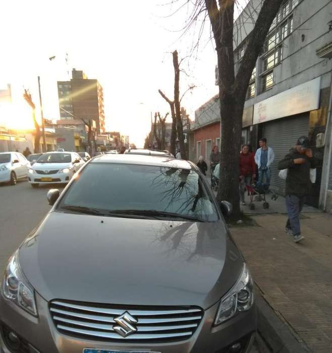<strong>suzuki</strong> Ciaz 2016 - 70000 km