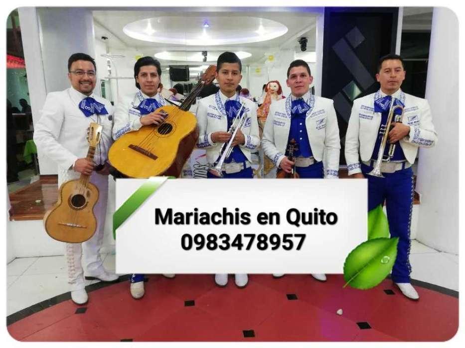 Músicos <strong>artista</strong>s en Quito, Mariachi