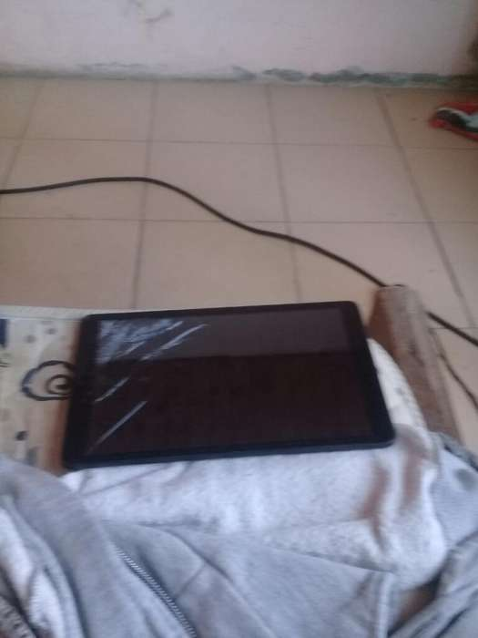 Vendo Tablet Alcatel Pantalla Rota