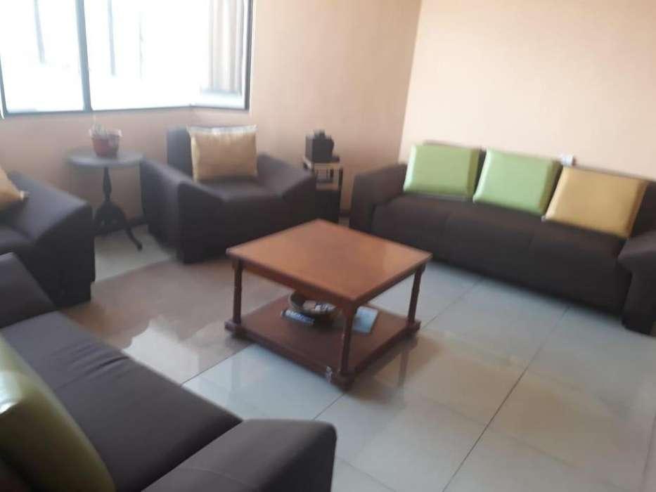 Rento departamento 70mts2, 2 dormitorios, Sector eloy Alfaro y 9 de Octubre.