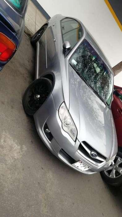 Subaru Legacy 2008 - 110000 km