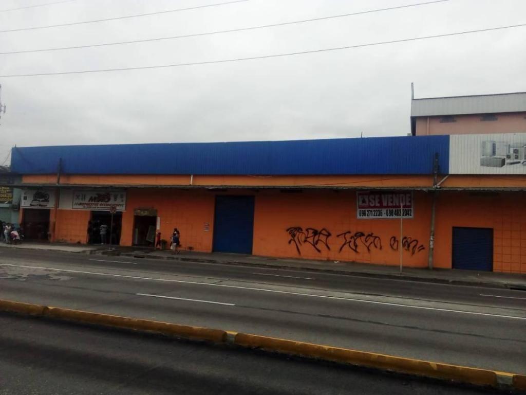 # Via Daule Km 4.5 Propiedad Industrial Comercial / Bodegas, Oficinas, Locales