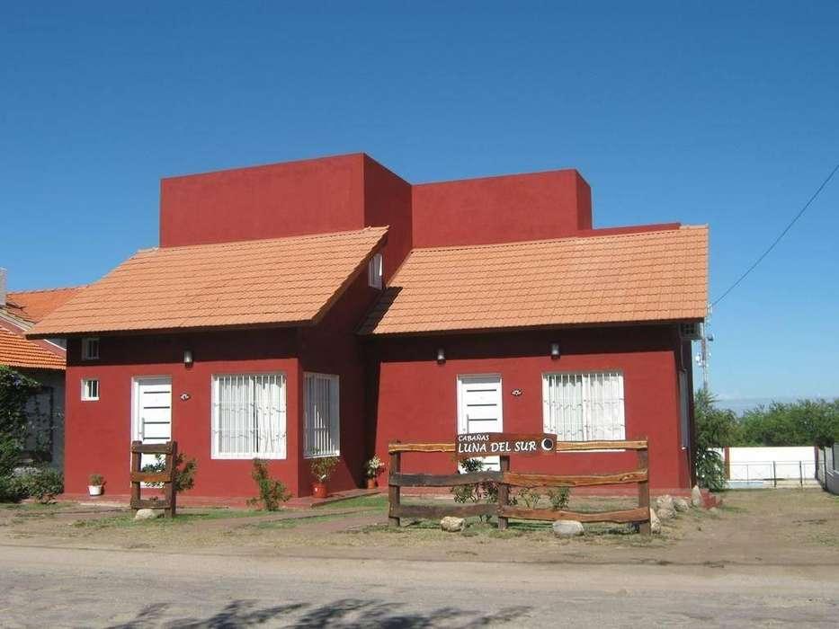 zh32 - Cabaña para 2 a 6 personas con pileta y cochera en Villa De Merlo
