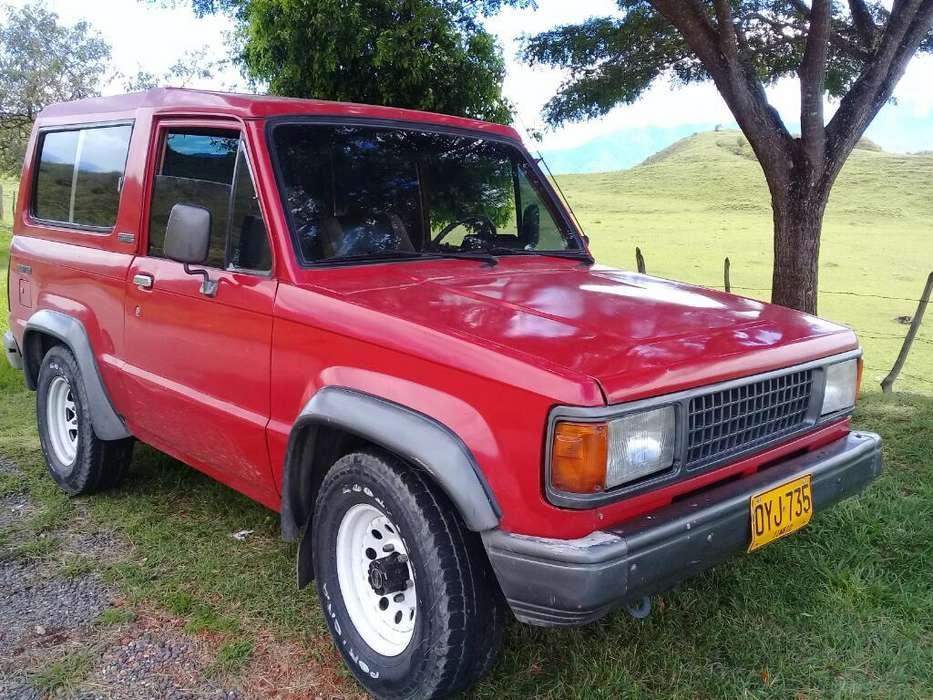 Chevrolet Trooper 1988 - 250000 km