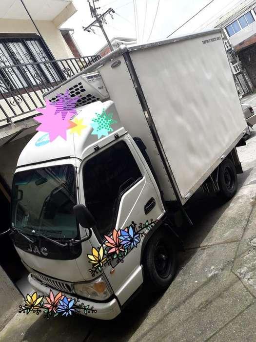Camion Tipo Furgon con Termo 2 Toneladas