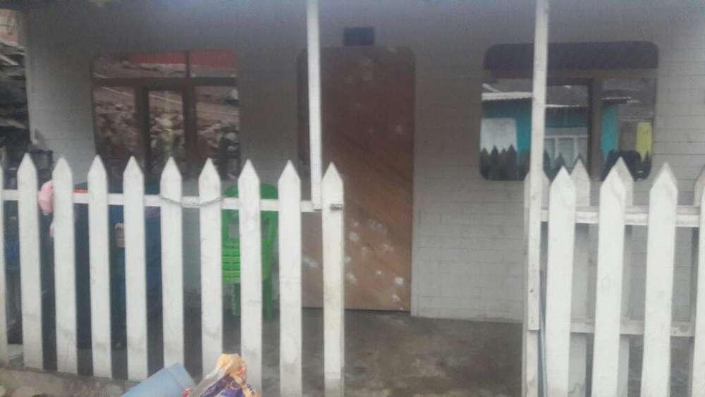 Se Vende Terreno con Casa Rustica
