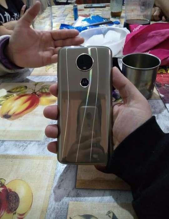 Vendo Motorola Moto E5plus para Personal