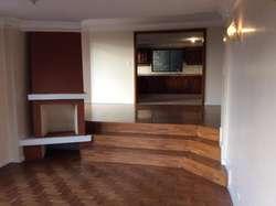 Rento amplio departamento de cuatro dormitorios