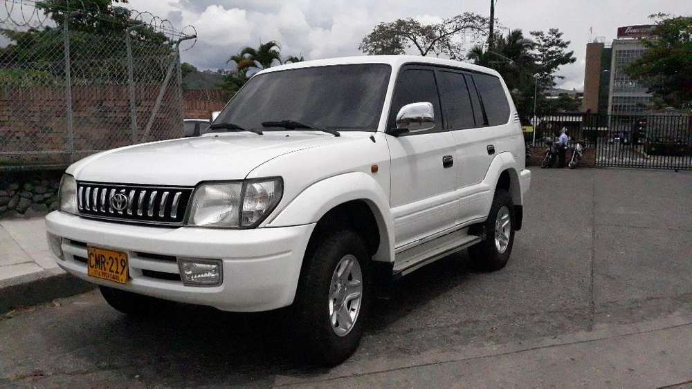 Toyota Prado 2006 - 174000 km
