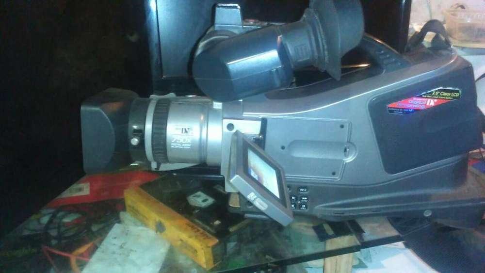 <strong>videocamara</strong> Panasonic md- 9000