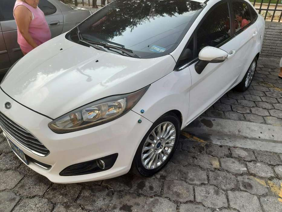 Ford <strong>fiesta</strong>  2014 - 120000 km