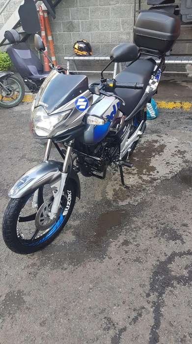 MOTO SUZUKI GR 150 S