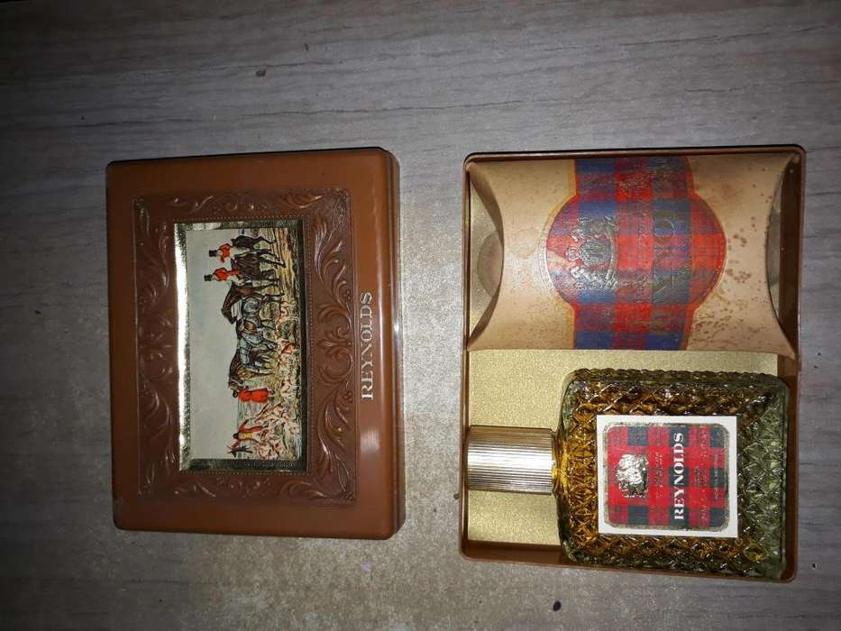 set Reynolds perfume
