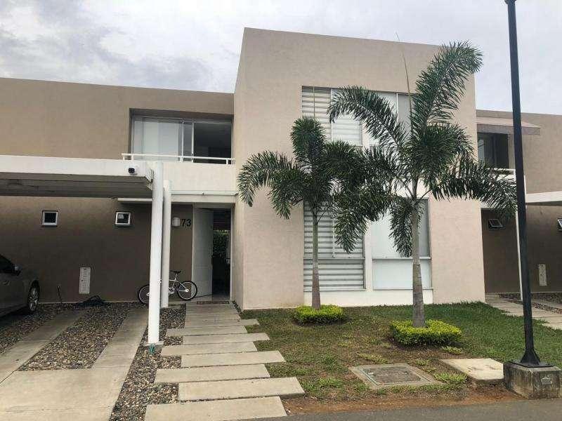 Casa Condominio En Venta En Jamundi Alfaguara Cod. VBSBI11476