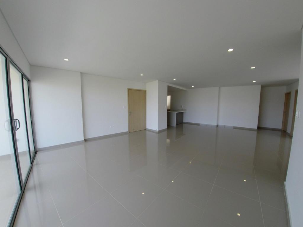 Apartamento en venta en Bavaria Santa Marta 185 m2