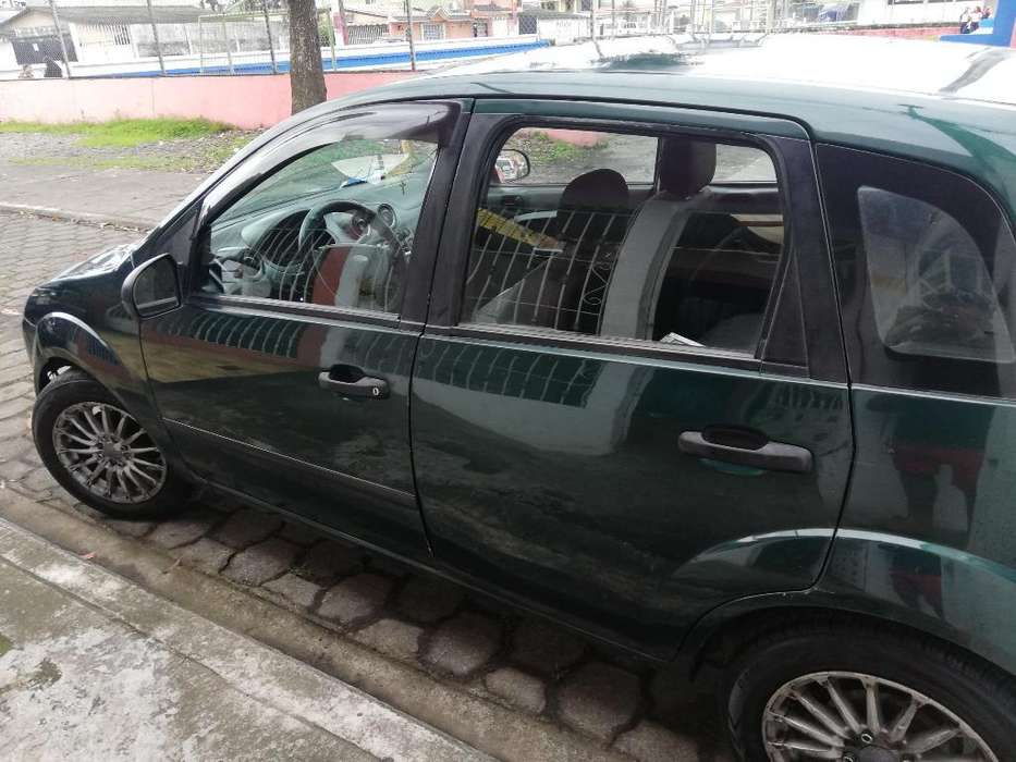Ford Fiesta  2004 - 485000 km