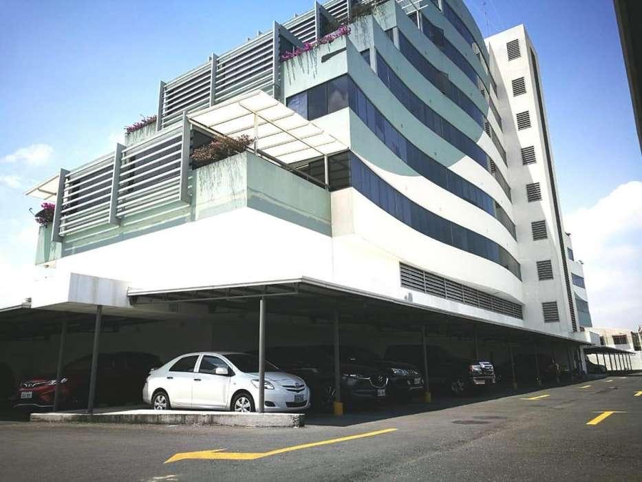 En Venta <strong>oficina</strong> en El Edificio River Plaza - A. Agurto