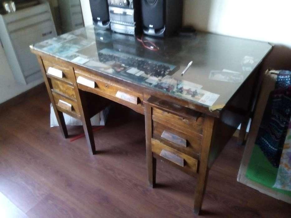 <strong>escritorio</strong> Madera Permuta