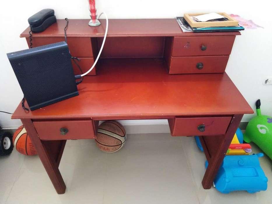 Venta de <strong>escritorio</strong> de Madera