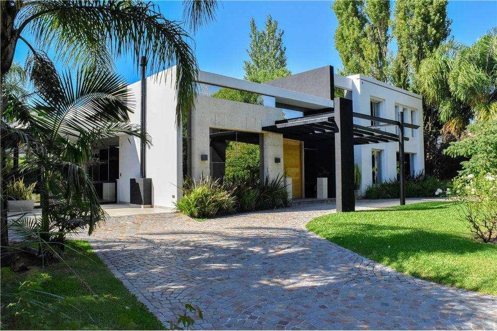 Venta Casa Quinta 6 ambientes El Casco de Leloir
