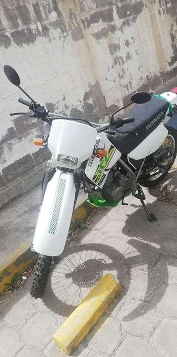 MOTO <strong>honda</strong> NEGOCIABLE