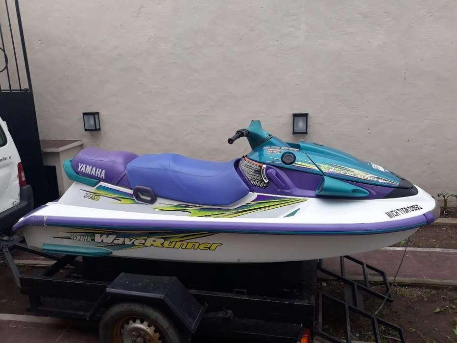 Permuto Yamaha Wave Runner 760 Triplaza