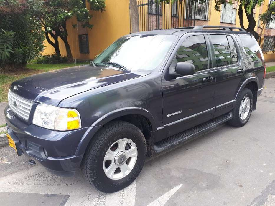 Ford Explorer 2002 - 198000 km