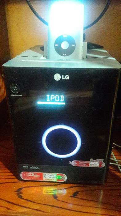 Equipo Lg Tactil con <strong>ipod</strong> 160gb