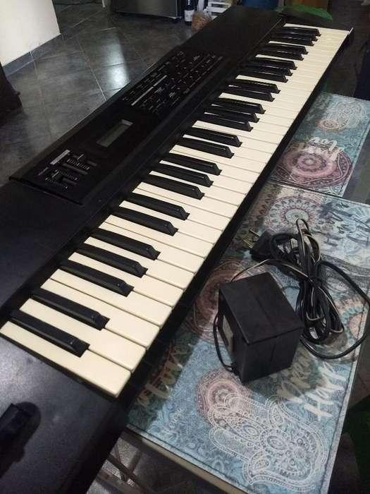 Roland Xp 10