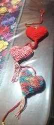 colgantes de pajaritos, corazones lechucitas tejidas al crochet por 3 para colgar