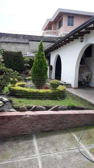 Casa en Venta Los Chillos/ ESPE/ Sangolquí