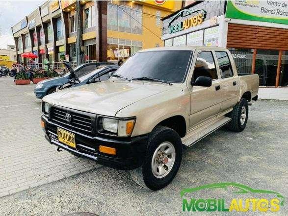 Toyota Hilux 1994 - 169000 km