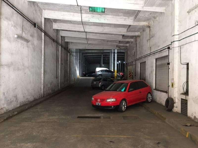 Venta lote 50 cocheras y oficinas - 1800 m2 - Pasco 200 Rosario