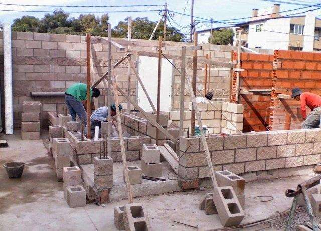 Construcción de Viviendas y Remodelaciones