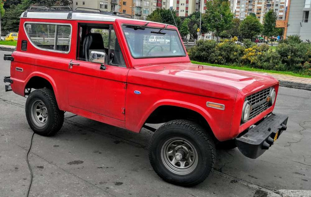 Ford Bronco 1970 - 250000 km