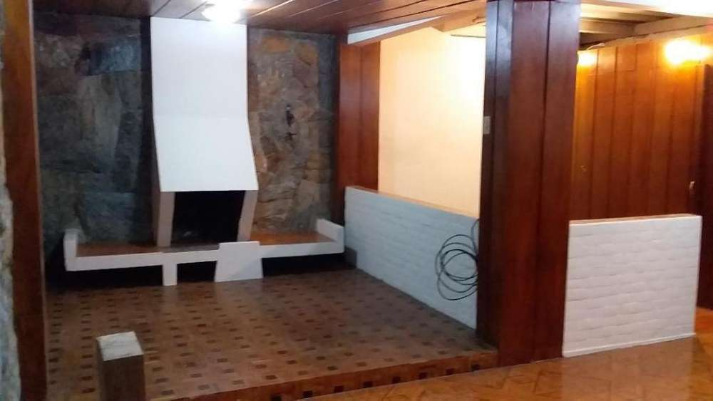 Plaza de Toros, departamento 2 dormitorios, 100 m2, garage, bodega.