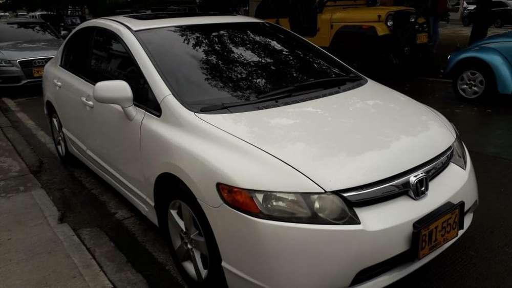Honda Civic 2006 - 150000 km